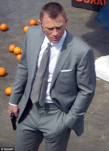 James Bond Daniel Craig Suit
